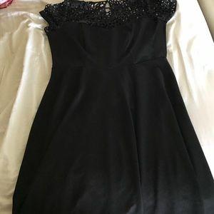 Dresses & Skirts - Black boutique dress 1X