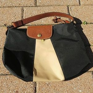 Longchamp Handbags - Longchamp small shoulder bag.