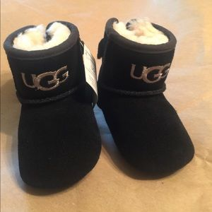 UGG Other - NEW Baby Ugg Boots Black/Gray never worn! Sz 2/3