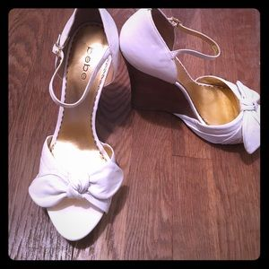 bebe Shoes - Perfect for summer Bebe white bow wedges!