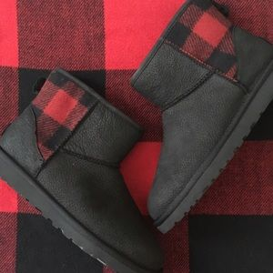 UGG Shoes - NWOT*Plaid UGG Boots, Size 8
