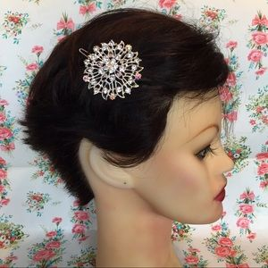 Accessories - New crystal hair piece prom wedding