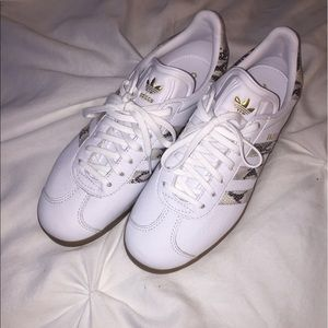 2018 sneakers new collection crazy price MI GAZELLE ADIDAS SHOES NWT