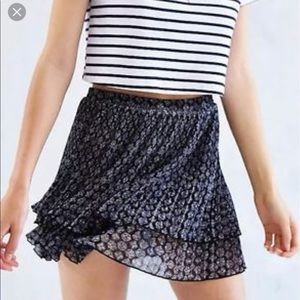 Urban Outfitters Dresses & Skirts - NWT Urban Outfitters Ecote Pleated Tiered Skirt