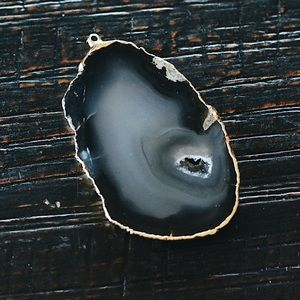 Chey Mina Brand Jewelry - Polished Agate Gold Plated Pendant