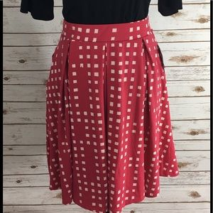 LuLaRoe Dresses & Skirts - LuLaRoe Madison w Pockets