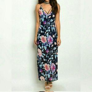 Dresses & Skirts - NAVY Floral Maxi Dress