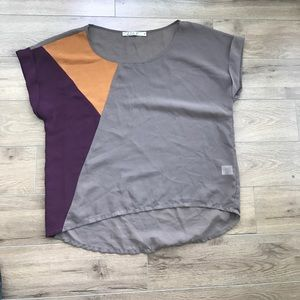 Chloe K Tops - Chloe K short sleeves pullover blouse