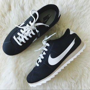 Nike Shoes - Nike Cortez Ultra Moire Sneakers