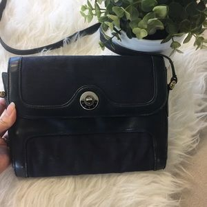 Vintage Gucci crossbody / navy