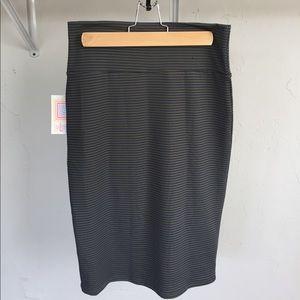 LuLaRoe Dresses & Skirts - GORGEOUS BNWT Lularoe Cassie, Small