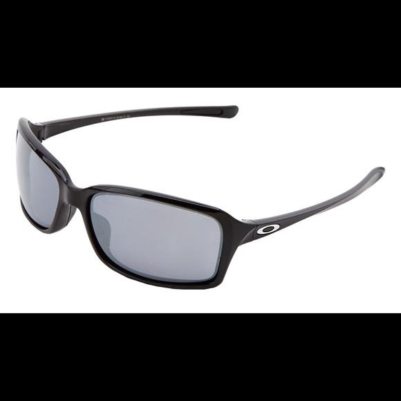 f10f3adce15 NWOT Authentic Oakley Women s Dispute sunglasses. M 5903bd424127d09c7e039d08