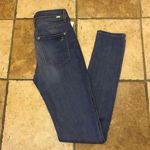 DL1961 Denim - DL1961 Nina High-Rise Skinny Jean