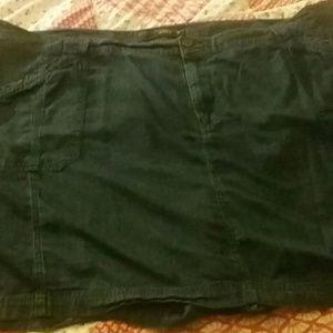 Venezia Pants - Size 24 skort