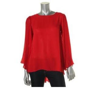 Vince Camuto Tops - LIKE NEW Vince Camuto Top
