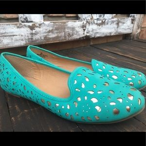 Liliana Shoes - 🌼 Liliana Turquoise & Gold Flats - Size 9 💙