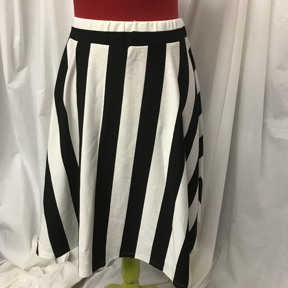 Find cream and black striped skirt at ShopStyle. Shop the latest collection of cream and black striped skirt from the most popular stores - all in one.