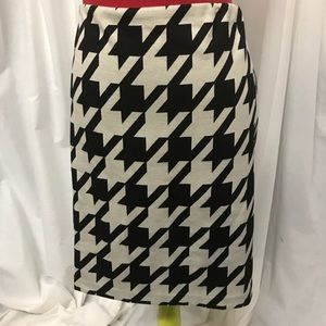 Worthington Houndstooth Pencil Skirt Elastic Waist
