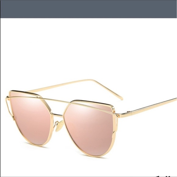 71de1800368 Gold and pink mirror cat eyed sunglasses   pouch