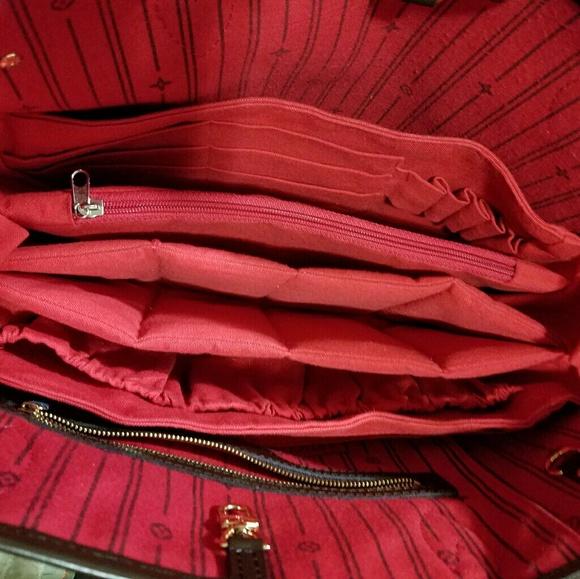 Louis Vuitton Handbags - Louis Vuitton Neverfull MM Base shaper 1b57aff1b77a7