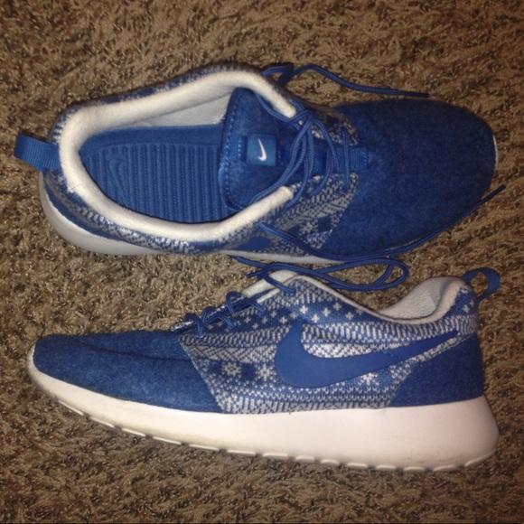 d16fe4574c98 Nike Roshe Run