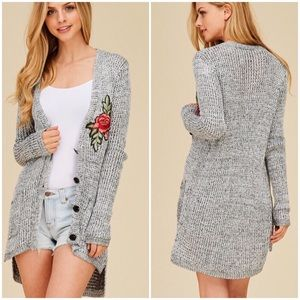 Sweaters - 🆕 Gray Marled Embroidered Rose Patch Cardigan