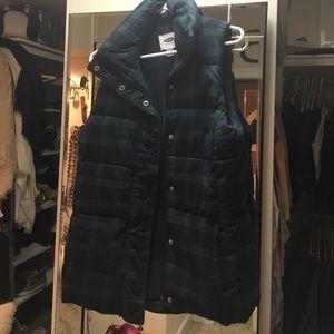 Old Navy Jackets & Blazers - Old Navy Puffer Vest - size Medium