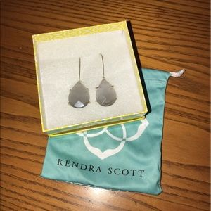 Kendra Scott Earrings! NWOT
