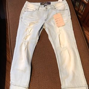 Angels Jeans Distressed Capri size 11