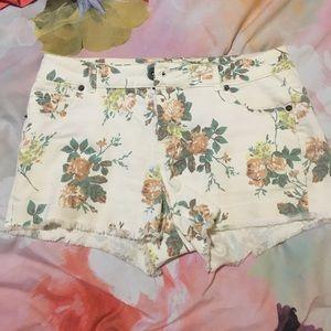 mine Pants - Floral shorts