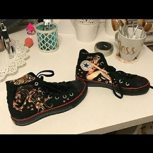 Converse Shoes - Rare limited edition Sailor Jerry Converse size 6