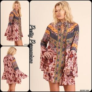 Pretty Persuasions Dresses & Skirts - NWT Printed Bell Sleeve Boho Festival Dress