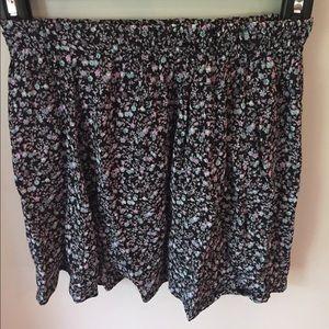 Brandy Melville Dresses & Skirts - Cute skater skirt