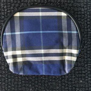 Burberry Handbags - Burberry makeup bag