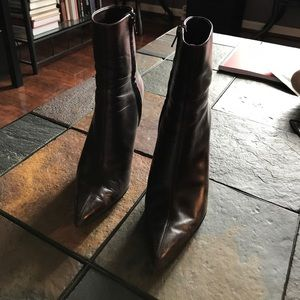 Short Brown Leather Pointed Toe Heeled Boots
