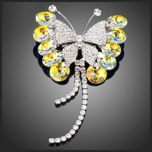 Jewelry - 🆕 Swarovski Crystal Yellow Butterfly Brooch DF101