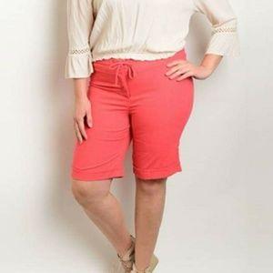 Pants - Plus size linen Coral shorts