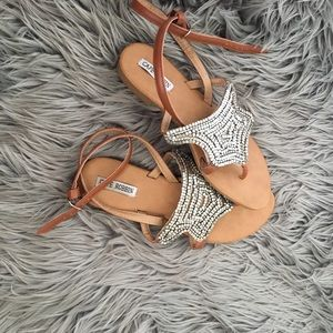 Lulu's Shoes - SAND DUNE CAMEL BEADED THONG SANDALS