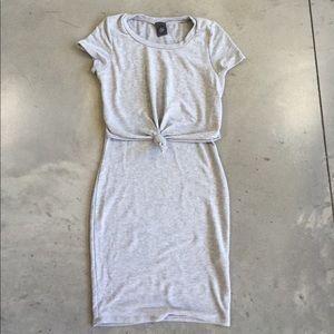 Dresses & Skirts - Super Cute Gray Dress