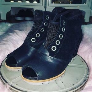 Sorel Joanie Wedge Sandal Black