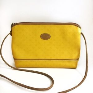 Liz Claiborne Handbags - Vintage Liz Claiborne yellow crossbody leather bag