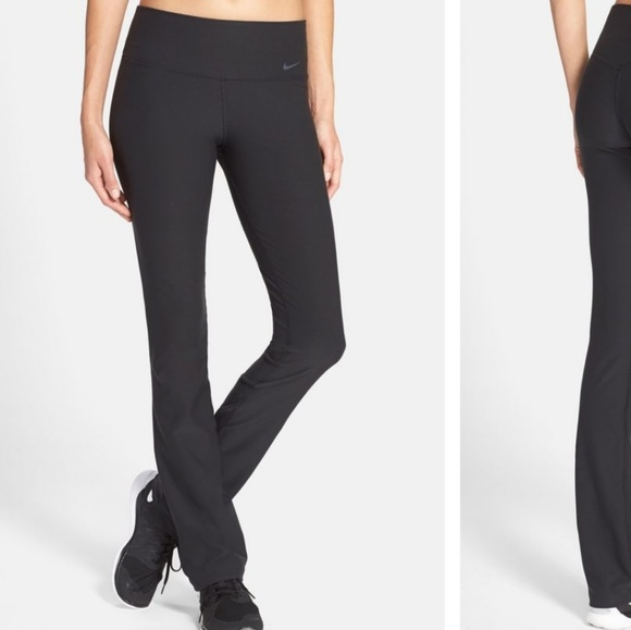 a1ff39e33584 Nike Legend Skinny Fit Black Training Pants. M 5904cbb6291a35510906b495