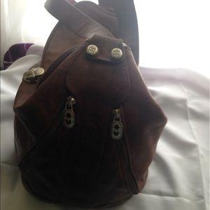 Mario Orlandi Handbags - Authentic Mario Orlandi leather one shoulder bag