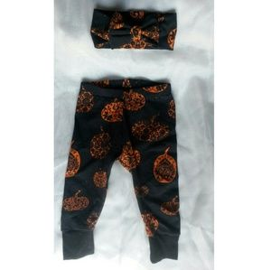 Baby pumpkin pant set