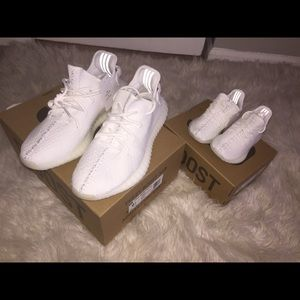 """Yeezy Other - Yeezy V2 """"triple white"""" 100% authentic"""