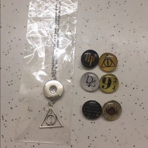 Jewelry - Harry Potter Necklace w/6 Interchangeable Snaps