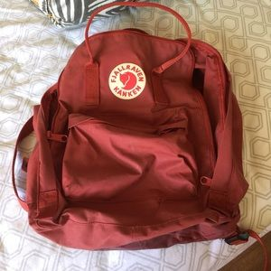Fjallraven Accessories - Fjallraven kanken backpack