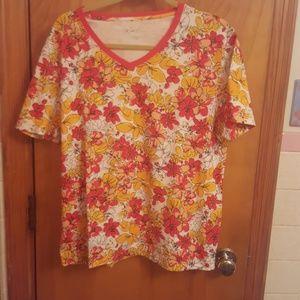 Kim Rogers Tops - Never worn flowered short sleeved shirt size L