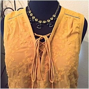 Anthropologie Tops - ✨HP✨30% OFF BUNDLES✨Maeve/Anthro Embroidered Top✨