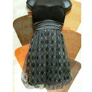 Iz Byer Dresses & Skirts - IZ BYER The Little Black (Sparkle) Dress!